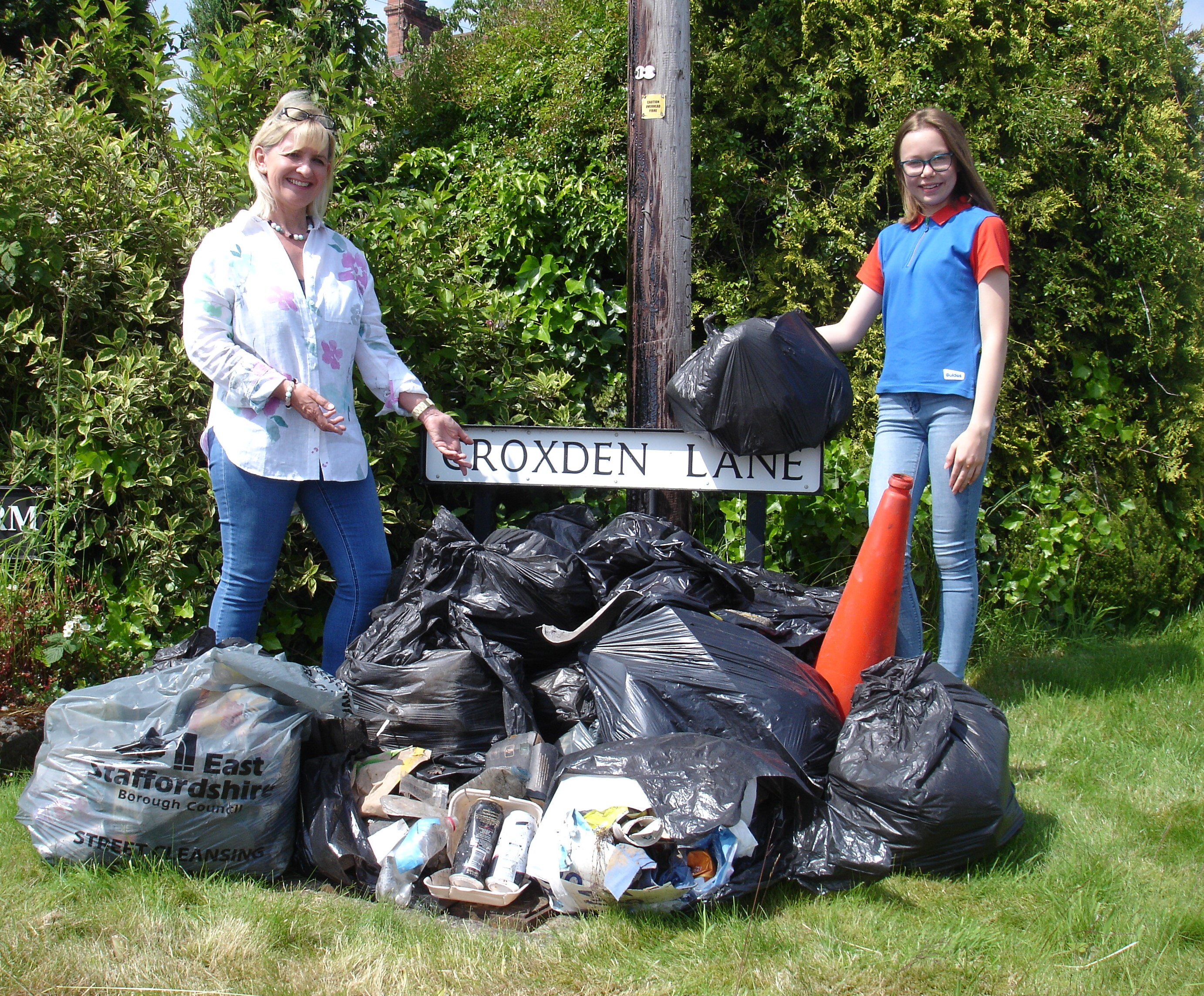 Rosin and Marion Kent Litter Pick in Croxden